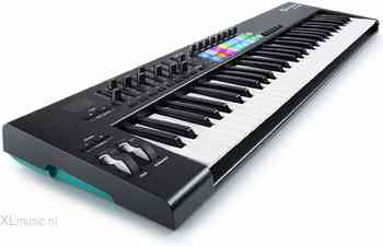 Novation Novation  LaunchKey 61 MK2